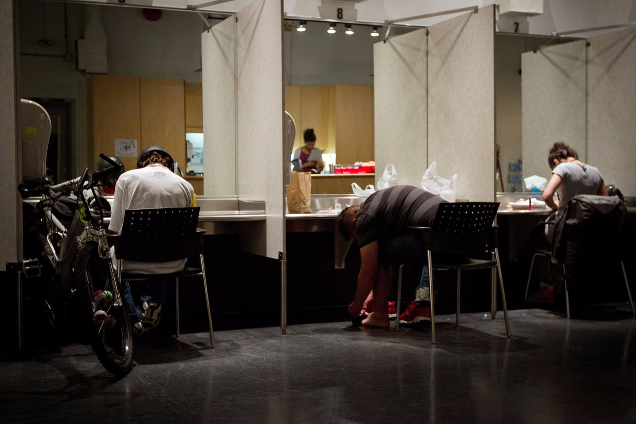 safe injection sites in canada essay When the supreme court of canada convenes thursday to consider vancouver's supervised injection site, it will hear detailed arguments that hinge on the fine print of the canadian constitution.