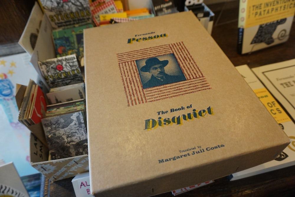 Boîte pour réimprimer de création du «Tim Hopkins livre de l'intranquillité.