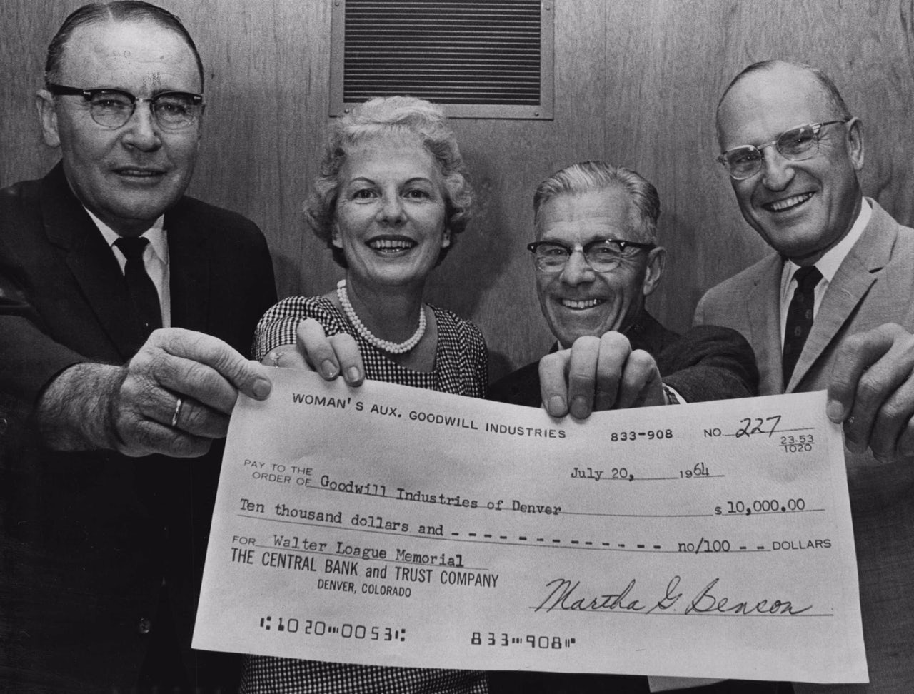 Where did giant novelty checks come from? | The Outline