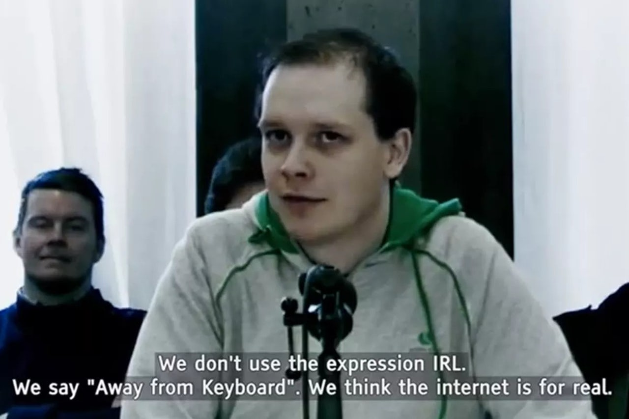 Peter Sunde of The Pirate Bay answering questions about the internet.