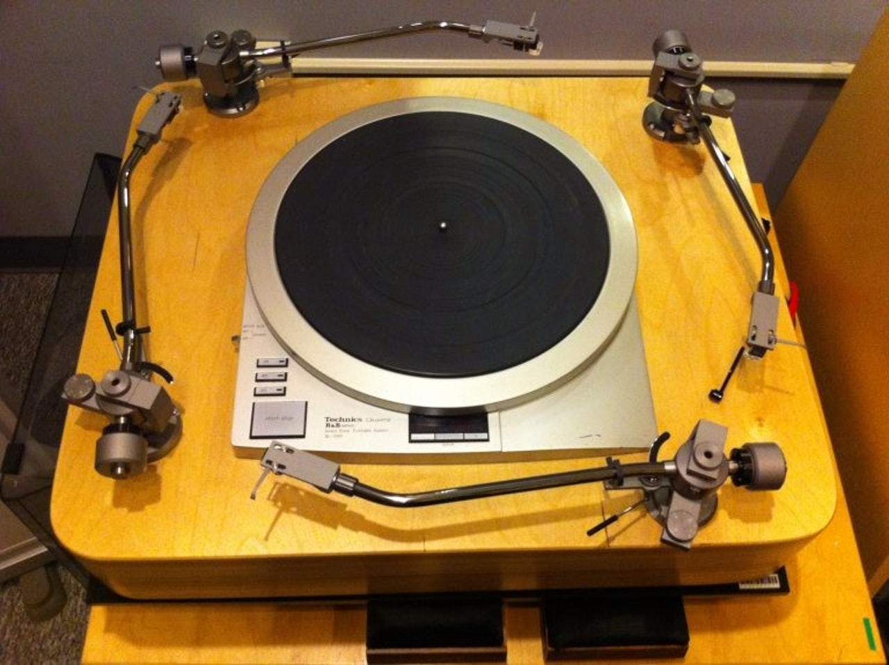 George Blood's four-armed turntable