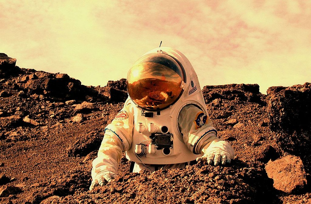 An artist's depiction of a Martian astronaut.