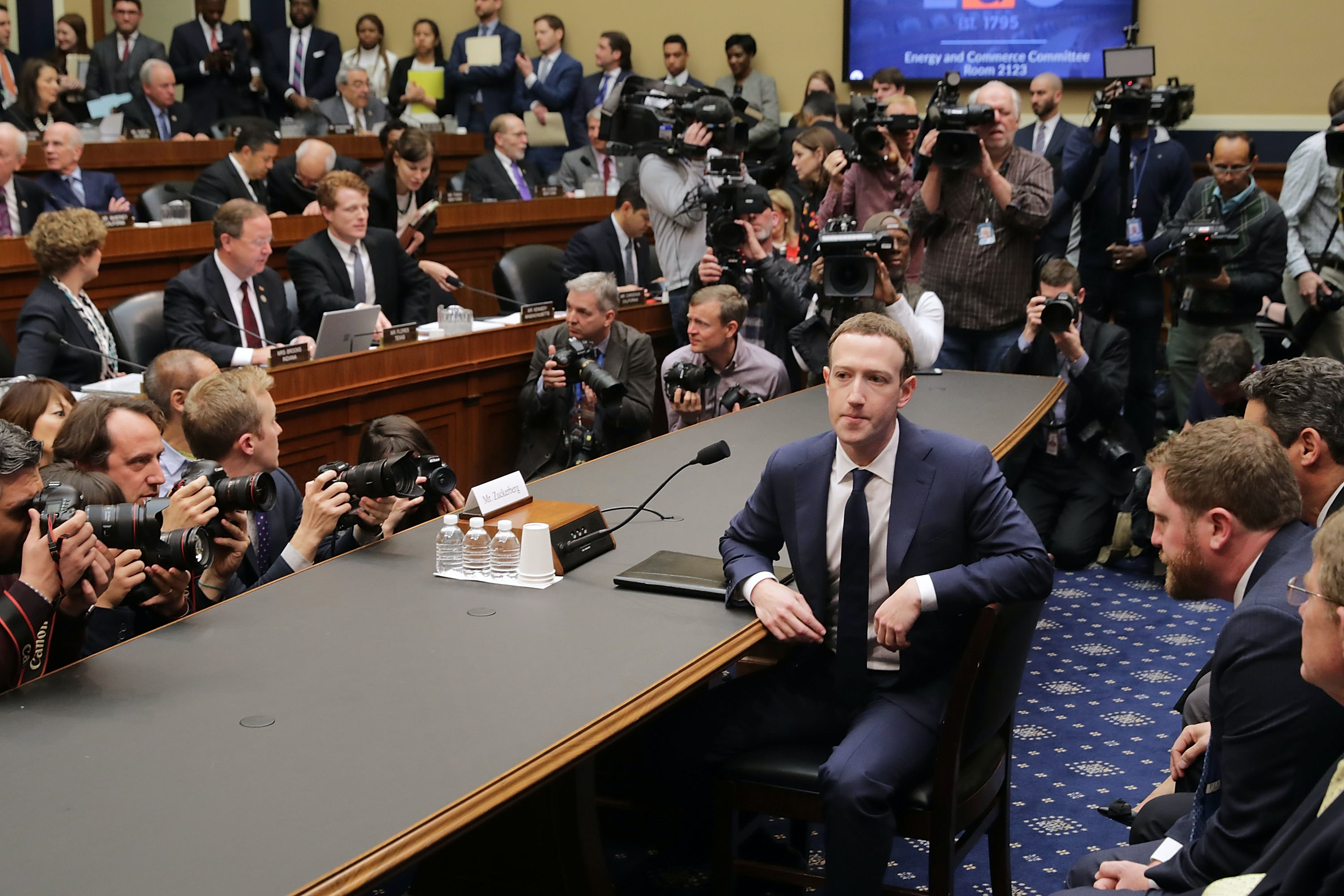 The two ways Zuckerberg dodged every question from Congress