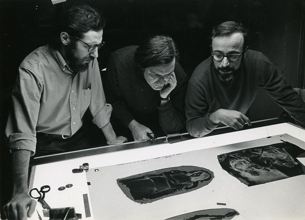 Burton Silverman (right) with artists Harvey Dinnerstein and Daniel Schwartz at a New York City printing studio, 1970.
