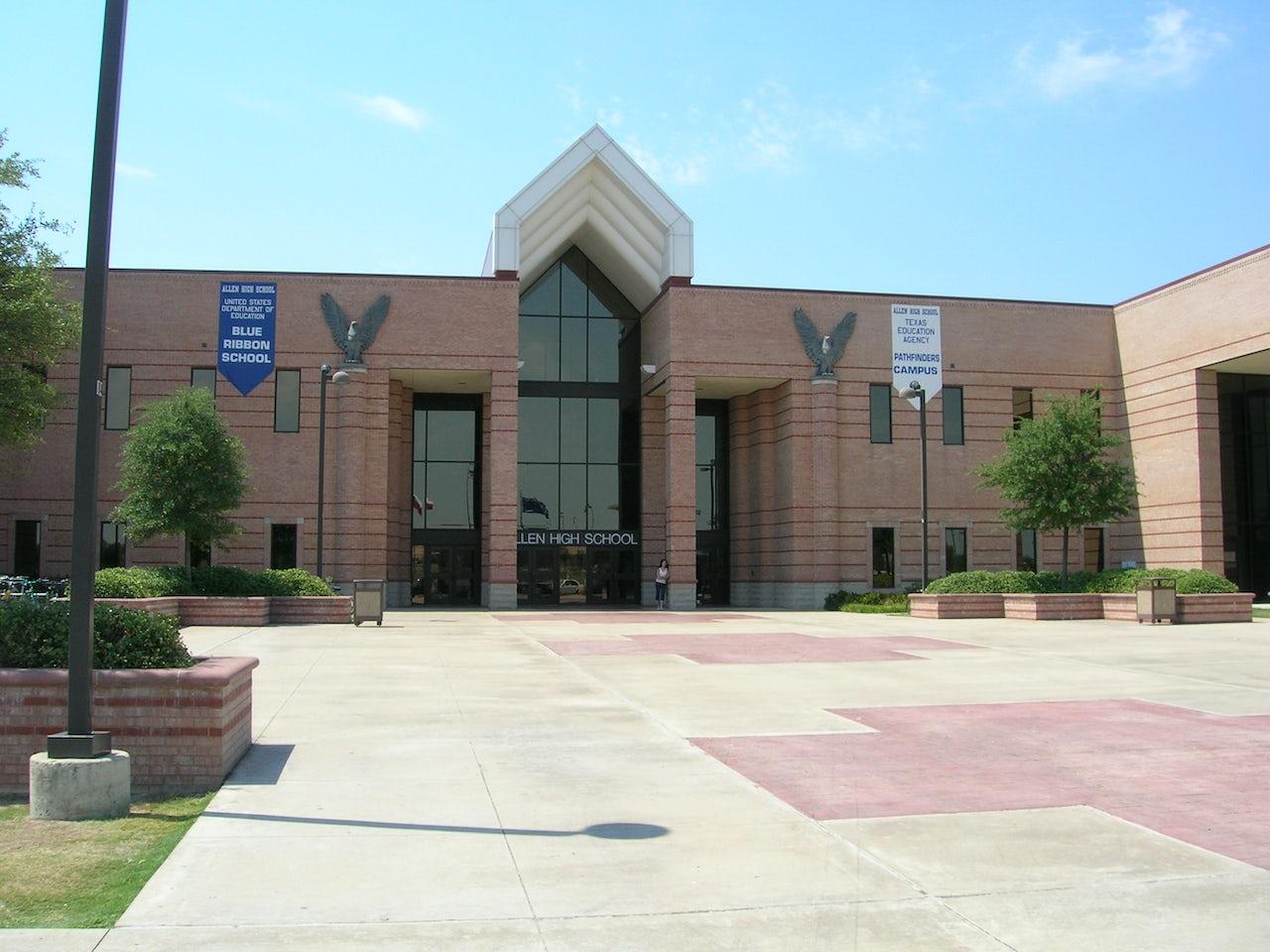 Allen High School, 2006