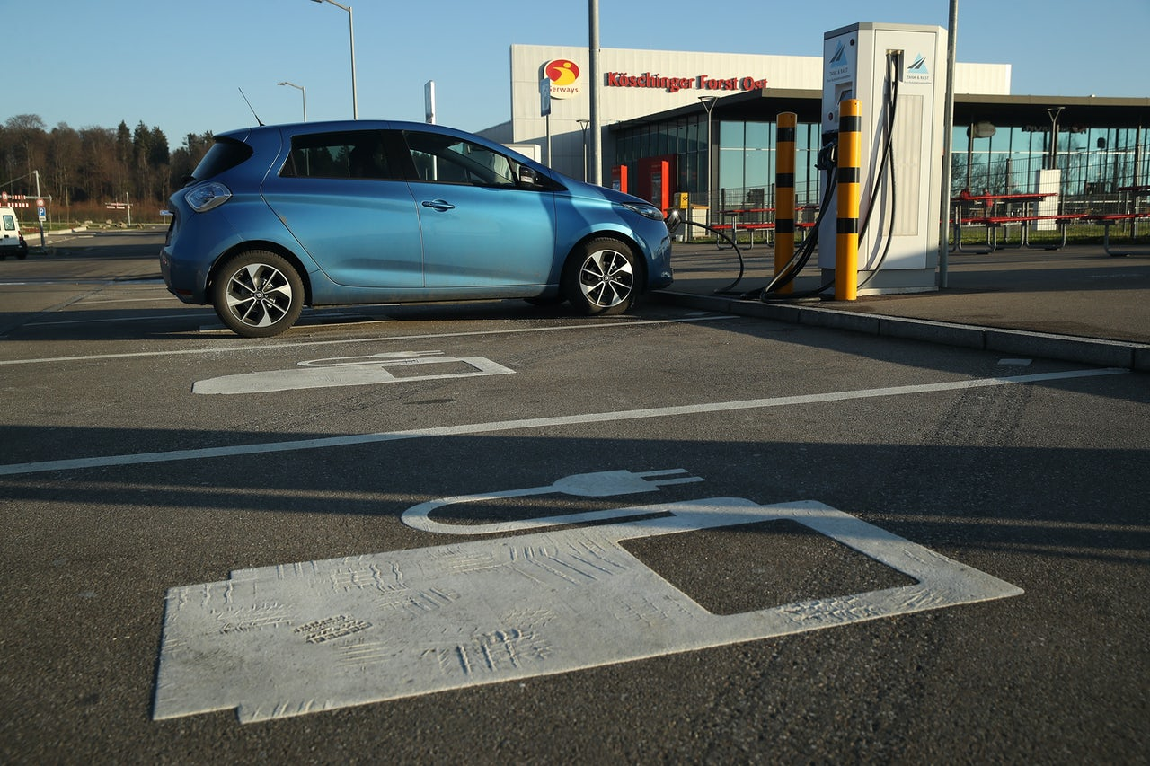 On-demand fuel and the rise of electric cars could change the customer base of gas stations.