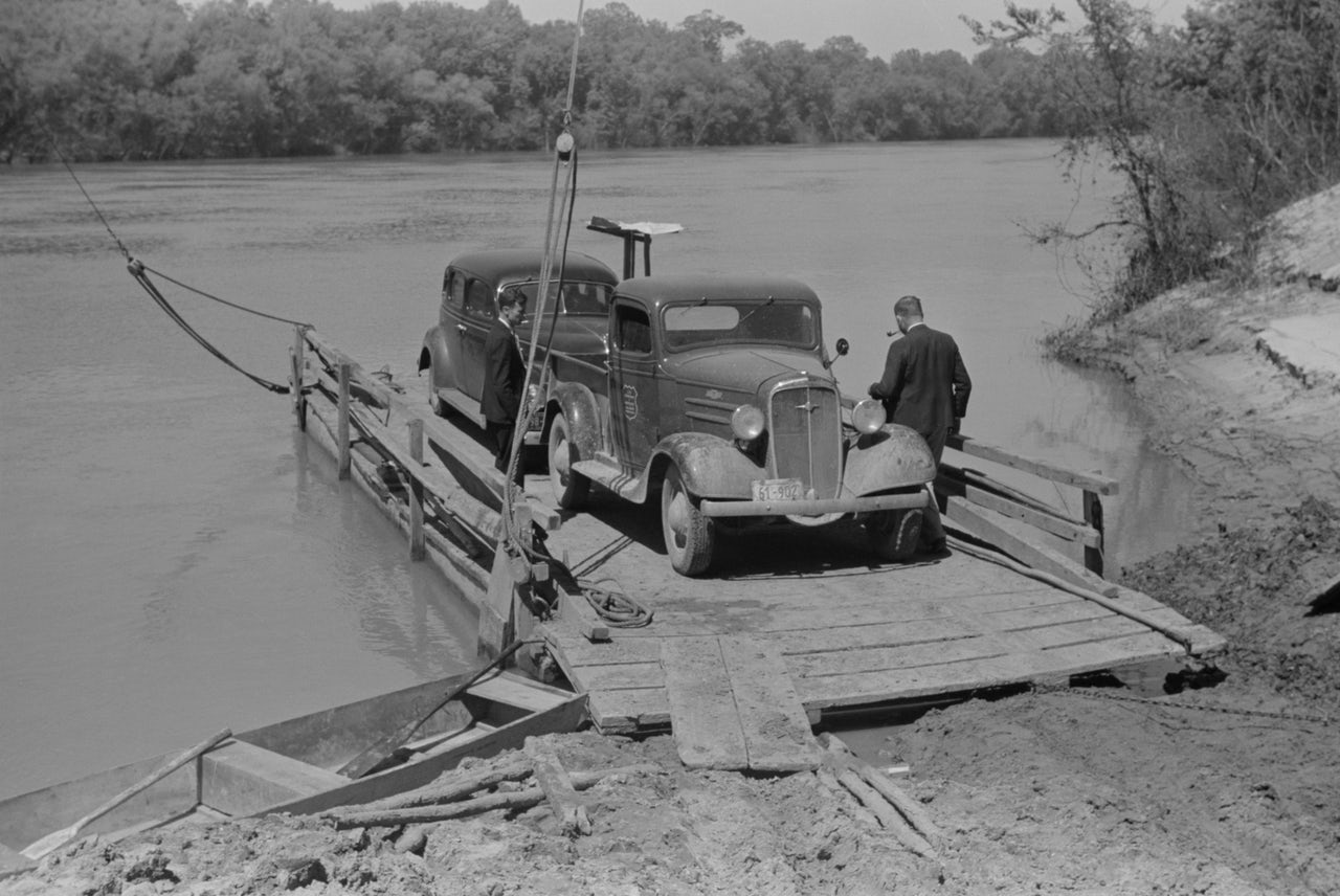 The car ferry at Gee's Bend, May 1939. White county government ended the ferry service in the 1960s to discourage voter registration.