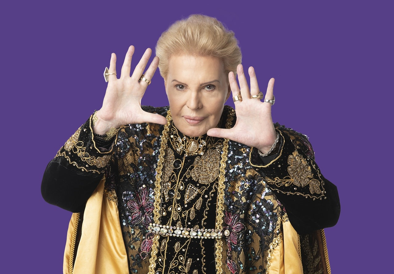 Walter Mercado couldn't have predicted this