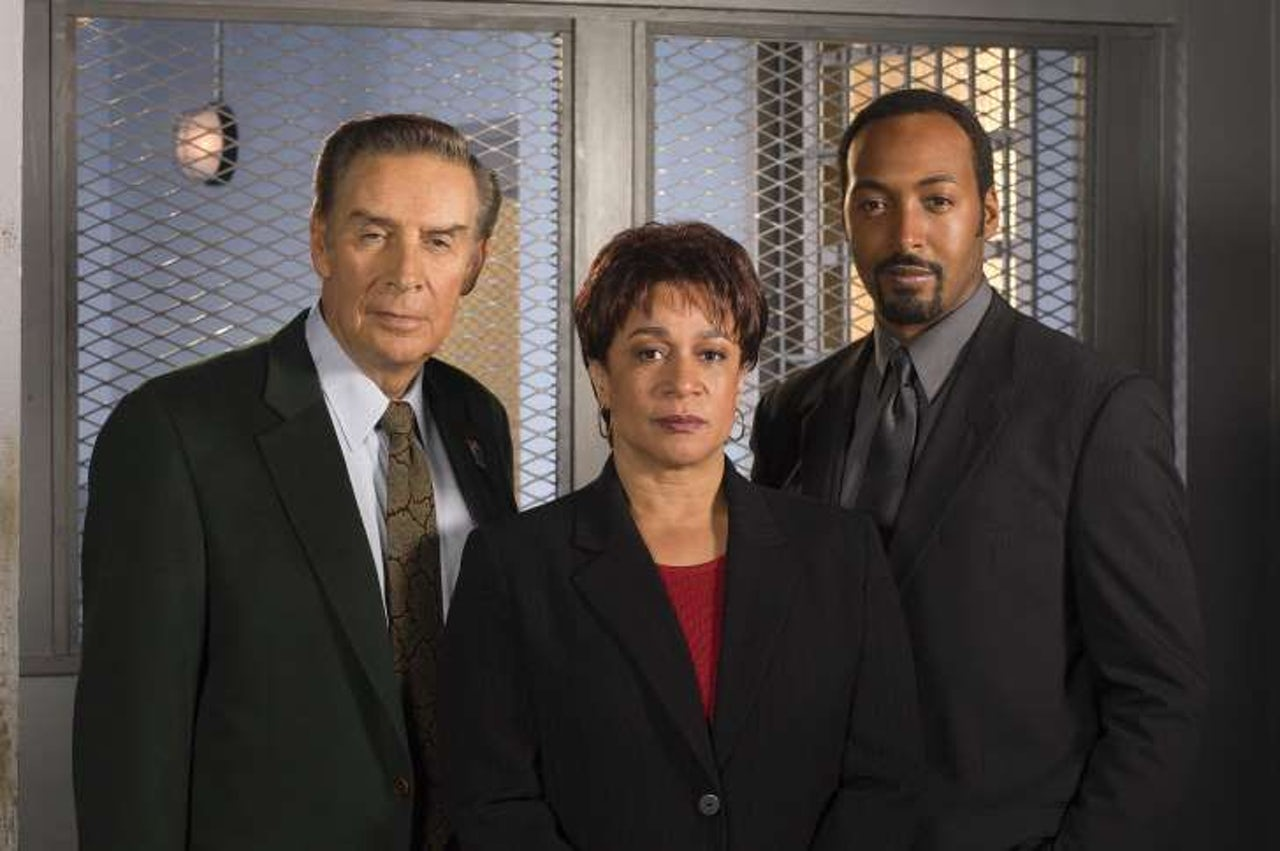 NBC must release all 20 seasons of 'Law & Order'